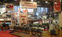 Le stand des moteurs Yanmar - Fenwick : les moteurs in-board